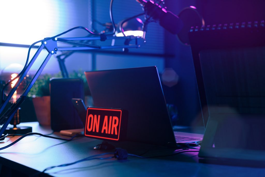 Live online radio station with on air sign